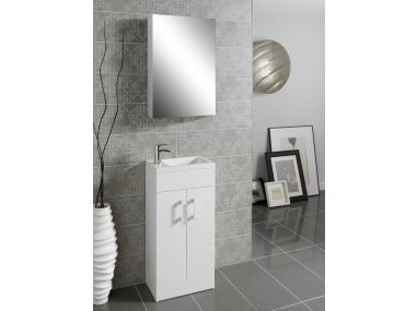 Vermont bathroom suite L shaped shower bath 1730 x 560